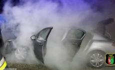 Pożar samochodu przy ulicy Cmentarnej