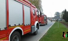 Uszkodzona rura z gazem / Ewakuacja pracowników