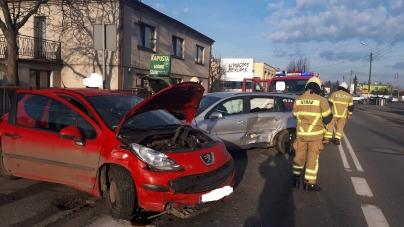 Wypadek dwóch samochodów na Sobieskiego