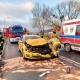 Wypadek z udziałem osobówki i autobusu miejskiego