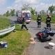 Motocyklista uderzył w barierę energochłonną