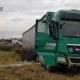 Ciężarówka zjechała z A2