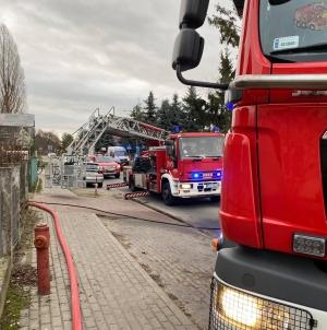 Pożar altany na miejscu 4 zastępy
